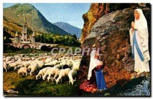 Old Postcard Lourdes l & # 39apparition has Bernadette and the Basilica