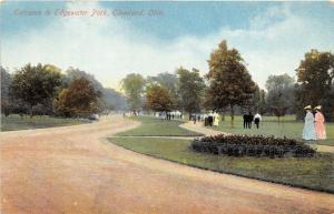 Cleveland Ohio~Edgewater Park Entrance~Lots of People Walk Along Path~c1910 Pc