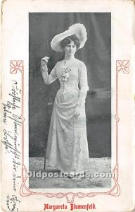 Margareta Blumenfeld Theater Actor / Actress 1905 a lot of corner wear