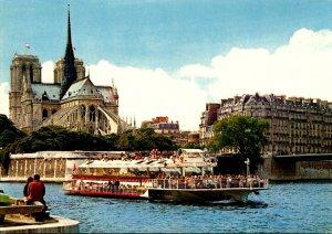 France Paris Notre-Dame et la Seine