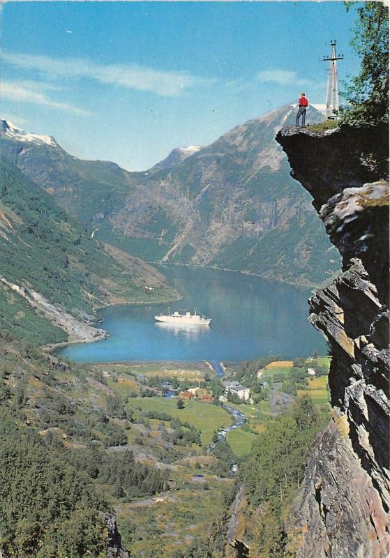 B73381 Norge flydalsjuvet geiranger Norway