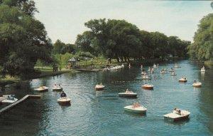 TORONTO , Ontario, 50-60s ; Paddle Boats