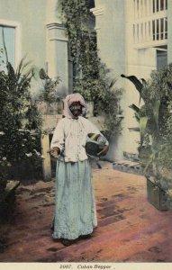 CUBA , 00-10s ; Begger Women