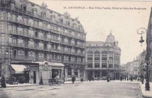 GRENOBLE,Rue Felix-Poulat, Hotel et Galeries Modernes, Isere, France, 10-20s