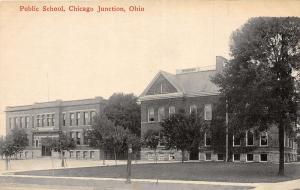 F9/ Chicago Junction Willard Ohio Postcard c1910 Public School Building
