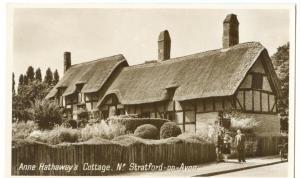 Anne Hathaway's Cottage, Stratford-on-Avon, early 1900s