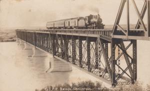 RP: SASKATOON , Saskatchewan , Canada , 00-10s Train on GTPR Bridge