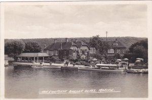 RP: Angler Hotel , MARLOW , Buckinghamshire , England , 10-30s