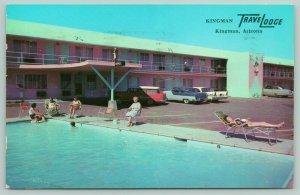 Kingman Arizona~Kingman Travelodge Roadside Motel~Poolside~c1950 Postcard