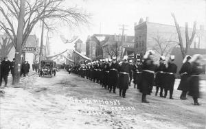 St James MN Governor Hammond Funeral~Fraternal Brothers? March~Garage RPPC 1916