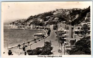 RPPC  WELLINGTON, New Zealand   ORIENTAL BAY  ca 1930s-40s  Blank Back  Postcard