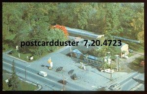 4723 - RENFREW Ontario Postcard 1960s Campbells Sunset Motel. Shell Gas Station