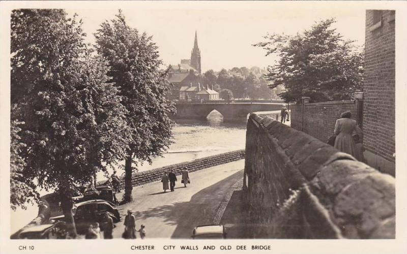 RP; Chester, City Walls and Old Dee Bridge, Cheshire, England, United Kingdom...