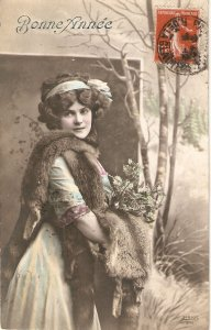 Pretty lady. Fue coat. Tree leaves Old vintage French New Year Greetings PC