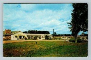 Mt. Pleasant MI- Michigan, White Wagon, Motel, Vintage Chrome Postcard