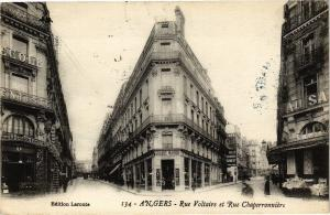 CPA ANGERS-Rue Voltaire et Rue Chaperronniere (189660)