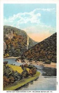 8600  PA  Delaware Water Gap,   Water Gap from Winona Cliff