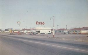 ESSO Gas Station , Wetaskiwan , Alberta , Canada , 50-60s