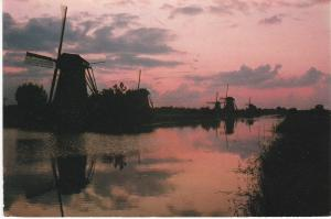 Post Card   Netherlands Kinderdijk / Holland