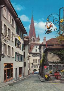Switzerland, Suisse, Lausanne, La vieille ville, used Postcard