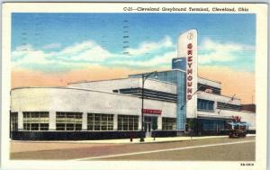 Cleveland, Ohio Postcard GREYHOUND TERMINAL Bus Depot / Street View Linen 1951