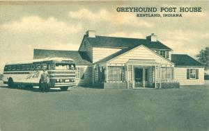 KENTLAND INDIANA GREYHOUND POST HOUSE POSTCARD  GREYHOUND BUS & DRIVER