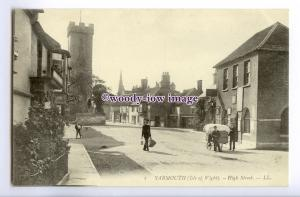 h1801 - Isle of Wight - Boys & Delivery Cart,Yarmouth High Street -  LL Postcard