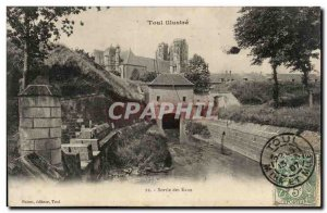Toul - water output - Old Postcard