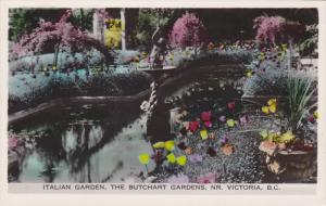 RP; Italian Garden, The Butchart Gardens, NR. Victoria, British Columbia, Can...
