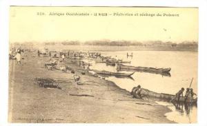 Afrique Occidentale, Pecheries Et Sechage Du Poisson, Le Niger, Africa, 1900-...