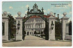 Newport, R.I., Gateway at the Breakers