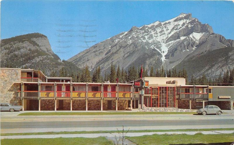 BR4657 The Banffshire Inn and Cascade Mountain  canada