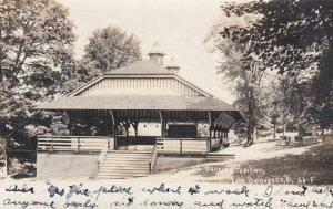RP: LAKE BOMOSEEN , Vermont , 00-10s ; Dancing Pavilion