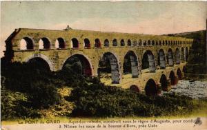 CPA Le PONT-du-GARD - Aqueduc romain construit sous le régne d'Auguste (458850)