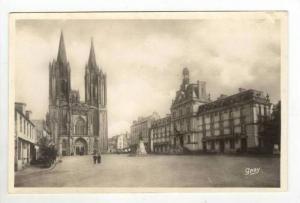 RP  Coutances, Place de la Mairie et la Cathedrale, France, 10-30s