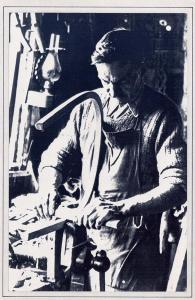 Nostalgia Postcard 1940's Traditional Crafts Chair Making #N1103