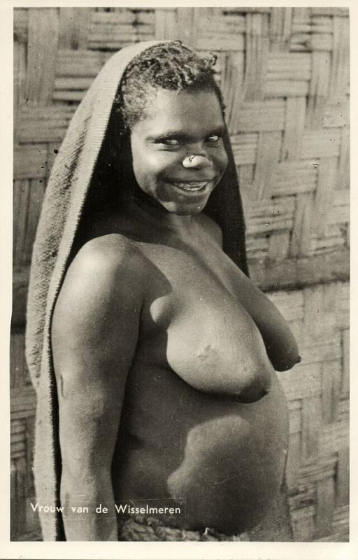 dutch new guinea, Native Nude Kapauku Papua Woman, Paniai Lakes (1950s) RPPC