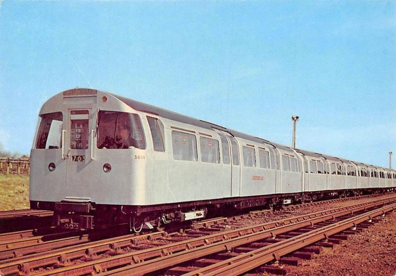 London Transport photograph: 1967 Tube Stock (Victoria Line) train