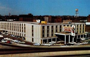 Tennessee Nashville Ramada Inn