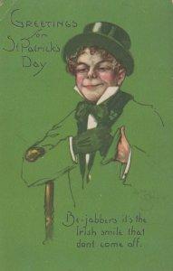 ST. PATRICK'S DAY : Man with Irish Smile , 00-10s