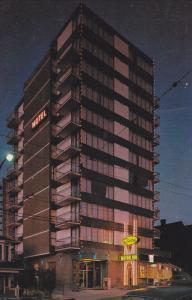 Exterior,  Riviera Motor Inn Ltd.,  Vancouver,  B.C.,  Canada,   40-60s