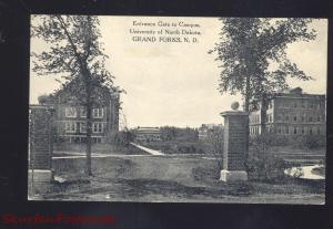 GRAND FORKS NORTH DAKOTA UNIVERSITY ENTRANCE GATE VINTAGE POSTCARD N.D.