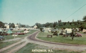 ANTIGONISH , Nova Scotia , Canada , 50-60s ; Whidden's Trailer Court