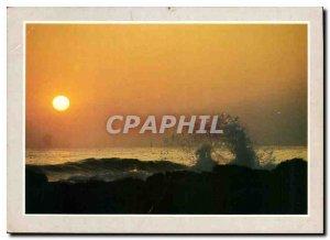 Postcard Modern Shores
