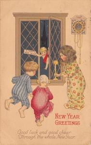 New Year Baby Comes Through Window~Children in Nightgowns~PJ's~Stecher1270 C