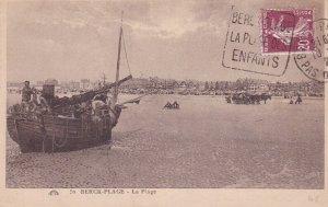 Berck-Plage (Pas-de-Calais), France, 1926 ; La Plage, Boat