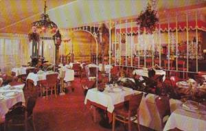 Dining Room Interior Petite Marmite Restaurant Worth Avenue Palm Beach Florida