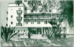 Vintage Caracas, VENEZUELA Postcard HOTEL AVILA Street View c1950s UNUSED