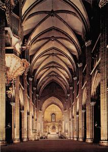 France La Cathedrale de Strasbourg Nef Vue vers le Choeur Cathedral Interior