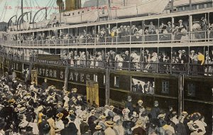 S.S. Eastern States Steamer Leaving From Her Dock, D. & C. Line, 1911 Postcard